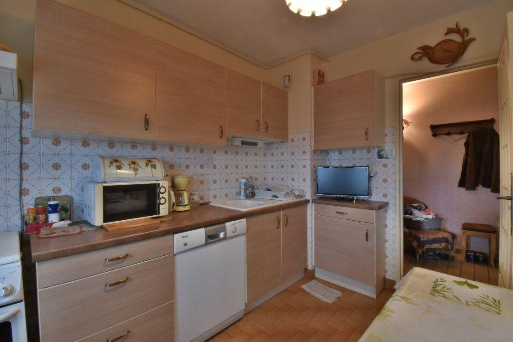 Appartement à vendre 3 68.24m2 à Romans-sur-Isère vignette-3