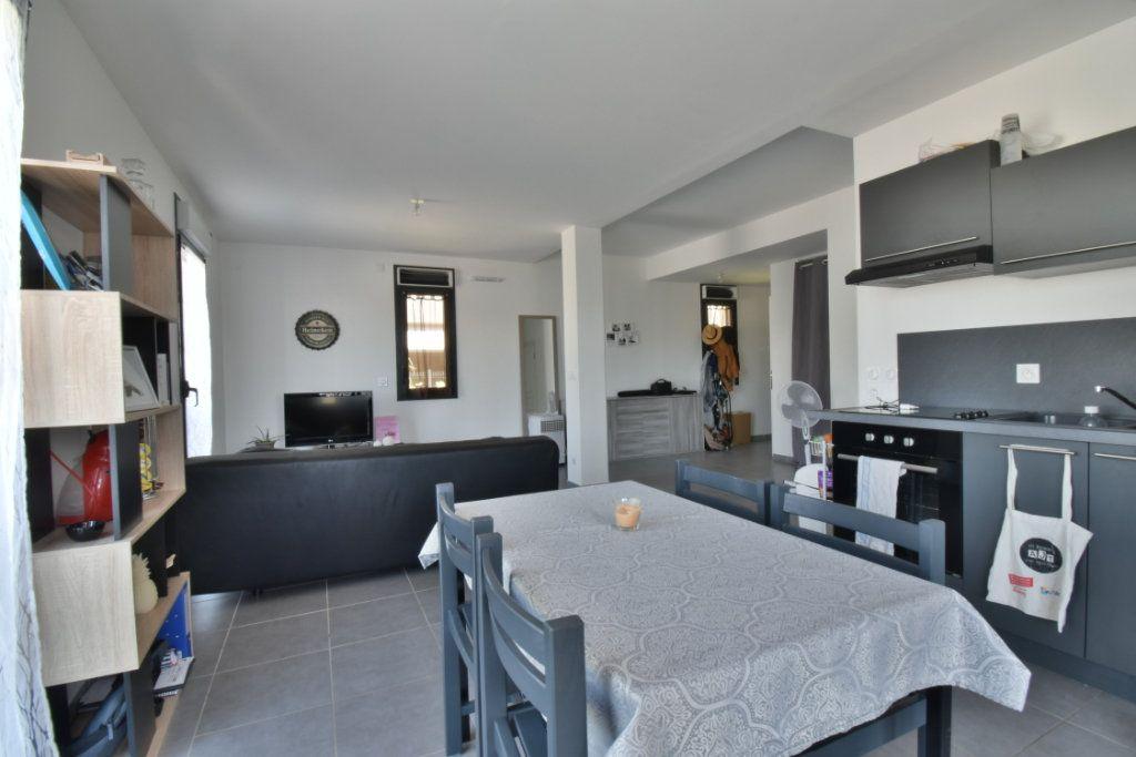 Appartement à vendre 2 57.3m2 à Romans-sur-Isère vignette-1
