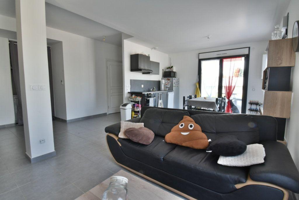 Appartement à vendre 2 57.3m2 à Romans-sur-Isère vignette-5