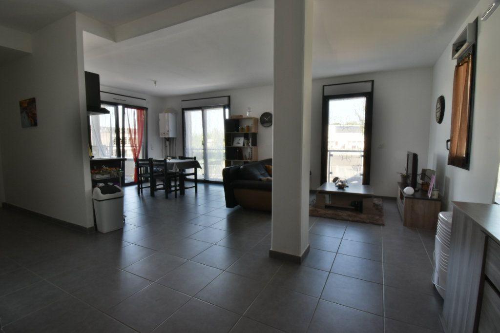 Appartement à vendre 2 57.3m2 à Romans-sur-Isère vignette-6