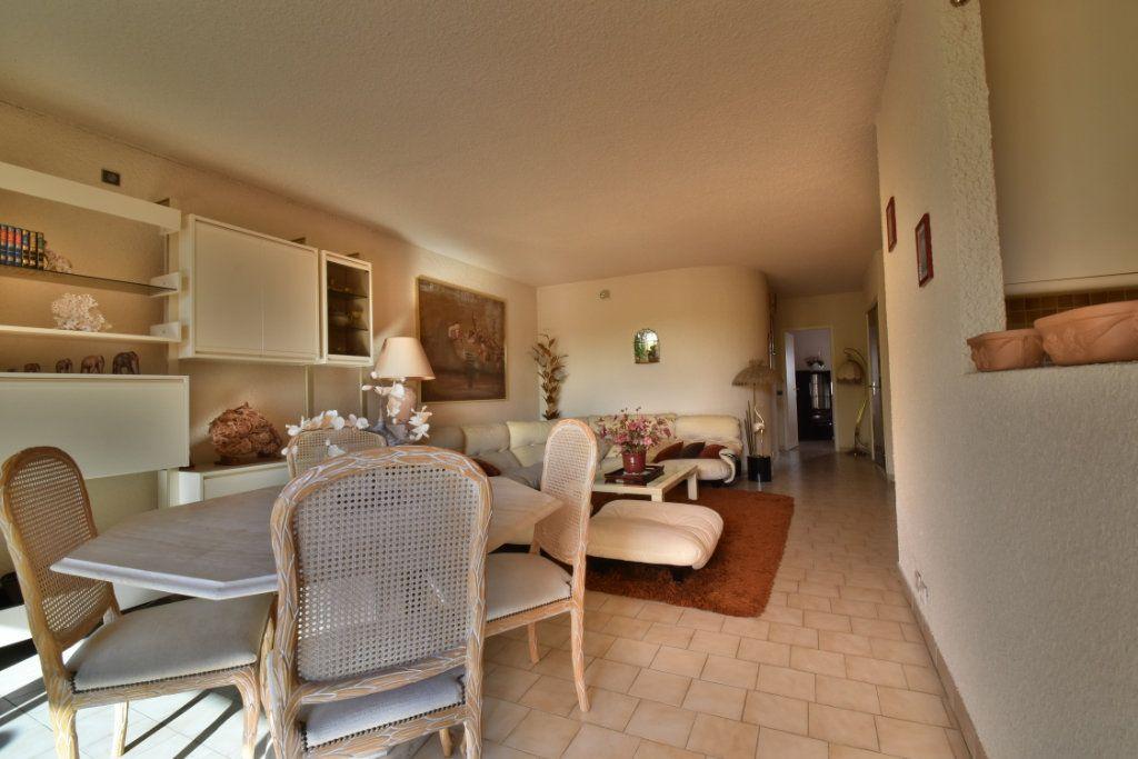 Appartement à vendre 4 76m2 à Romans-sur-Isère vignette-2