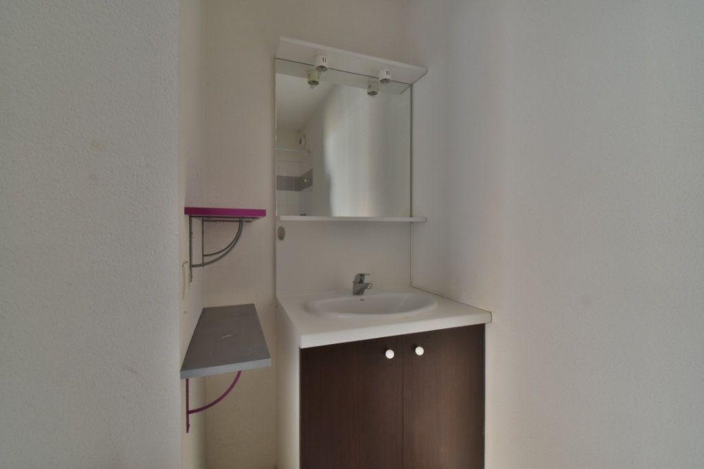 Appartement à vendre 2 40.94m2 à Romans-sur-Isère vignette-6