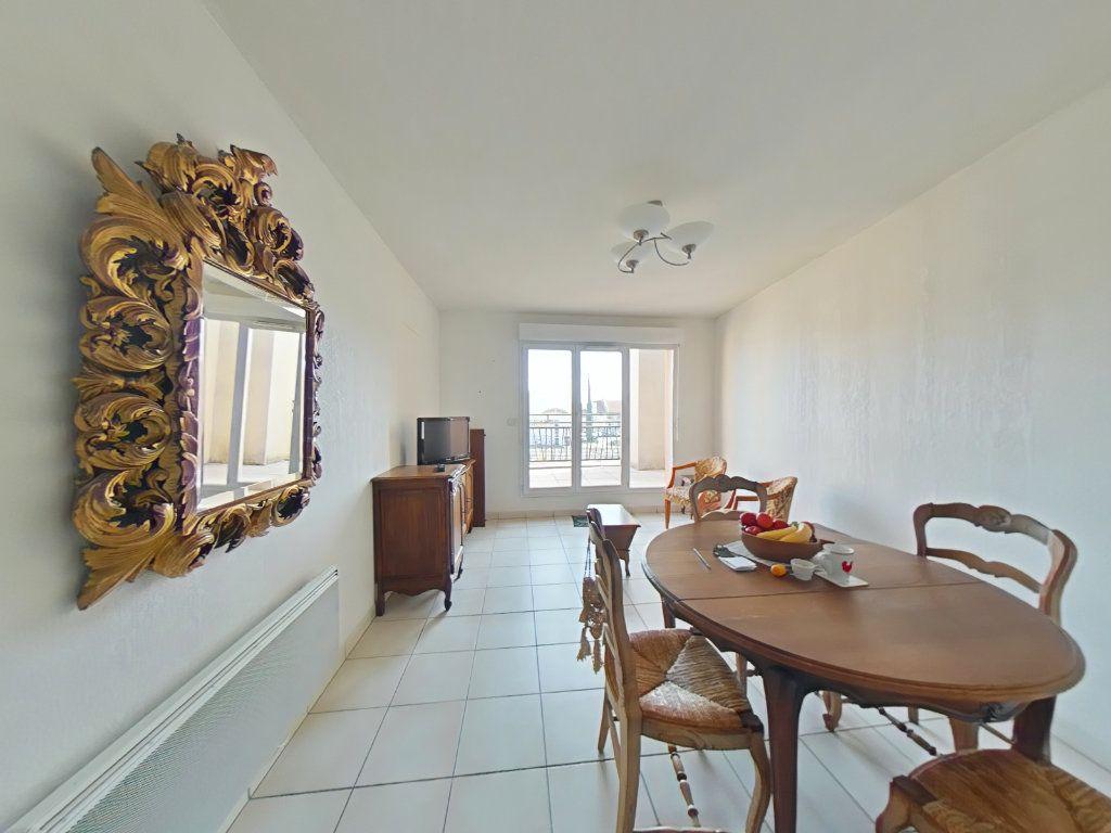 Appartement à vendre 3 60m2 à Romans-sur-Isère vignette-1
