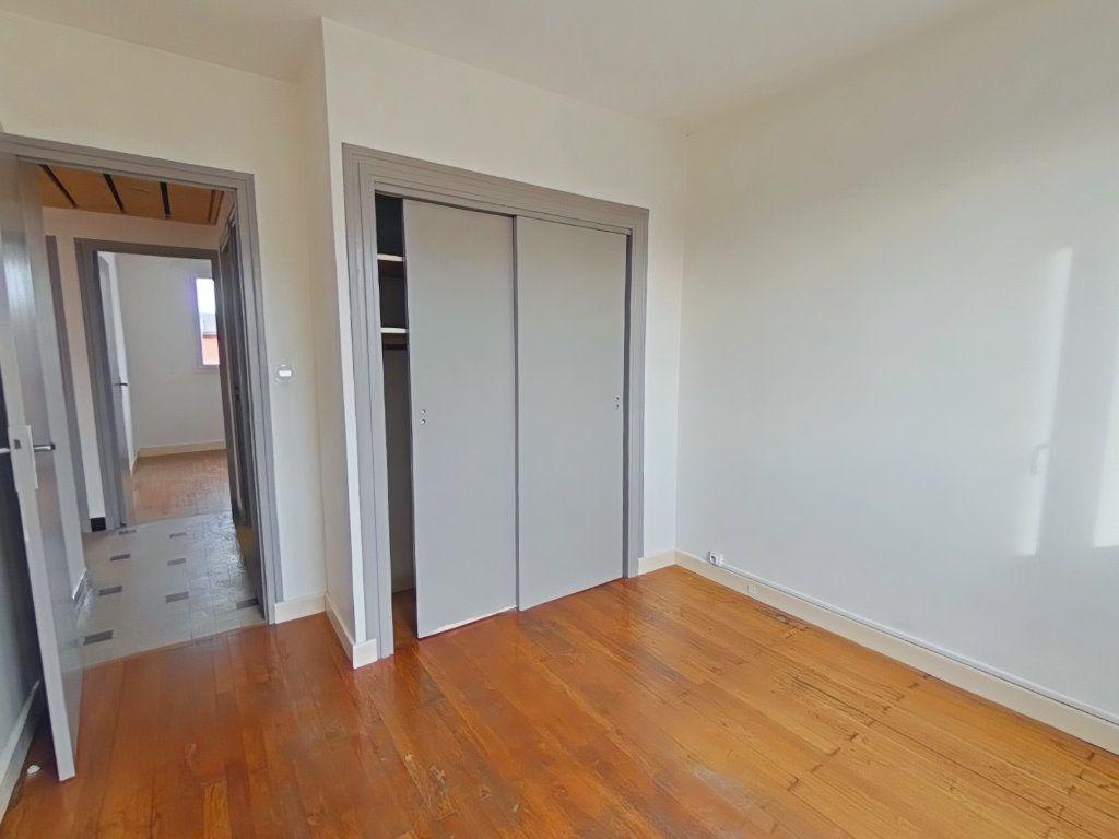 Appartement à louer 3 57.64m2 à Romans-sur-Isère vignette-5