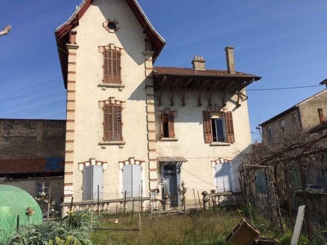 Immeuble à vendre 0 284m2 à Romans-sur-Isère vignette-3
