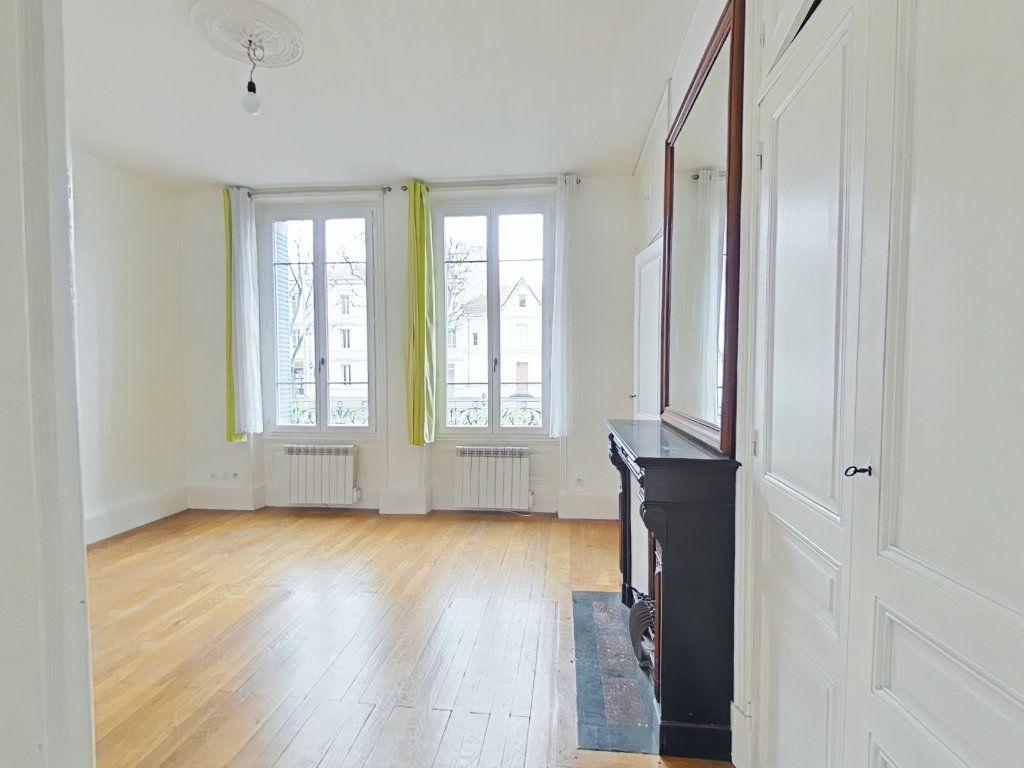 Appartement à louer 2 38m2 à Romans-sur-Isère vignette-4