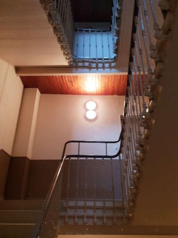Immeuble à vendre 0 600m2 à Romans-sur-Isère vignette-6