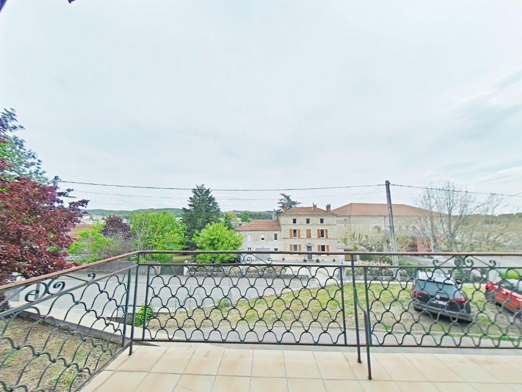 Maison à vendre 7 156m2 à Saint-Donat-sur-l'Herbasse vignette-4