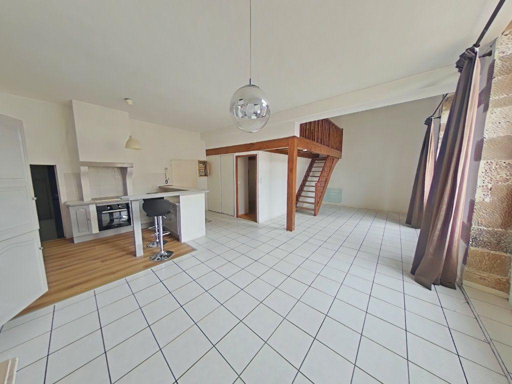 Appartement à louer 2 76m2 à Romans-sur-Isère vignette-1