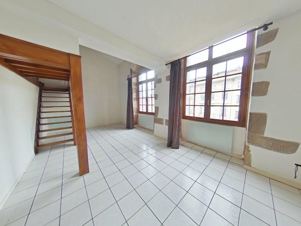 Appartement à louer 2 76m2 à Romans-sur-Isère vignette-2