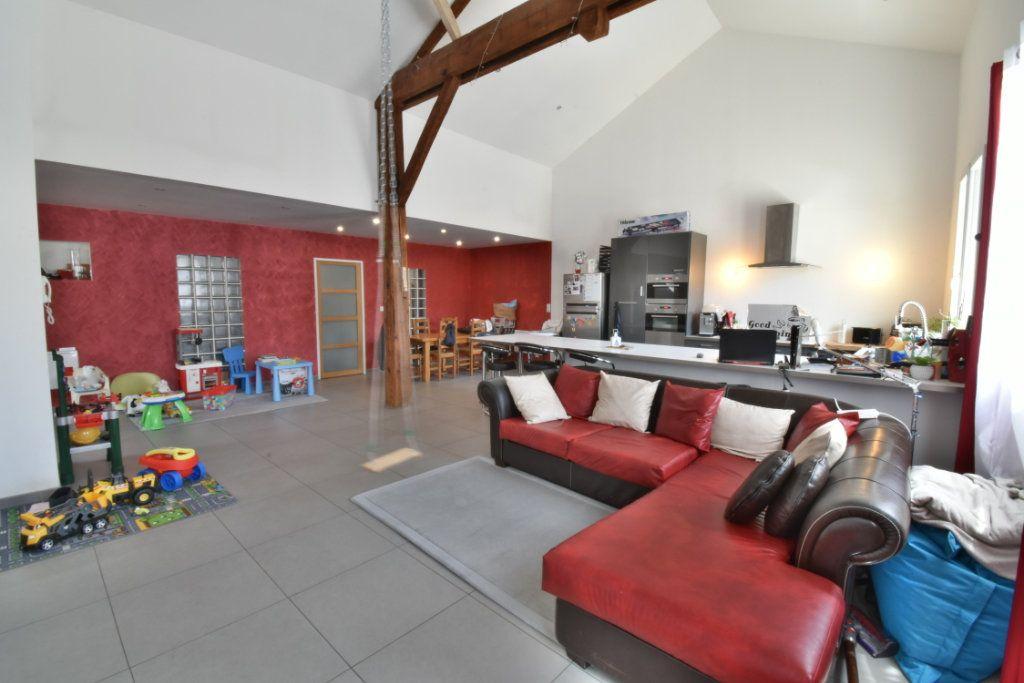 Maison à vendre 4 200m2 à Saint-Marcellin vignette-3