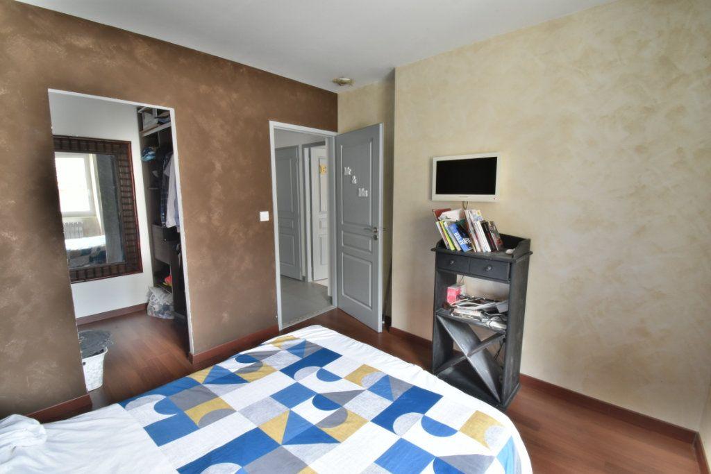 Maison à vendre 4 200m2 à Saint-Marcellin vignette-4