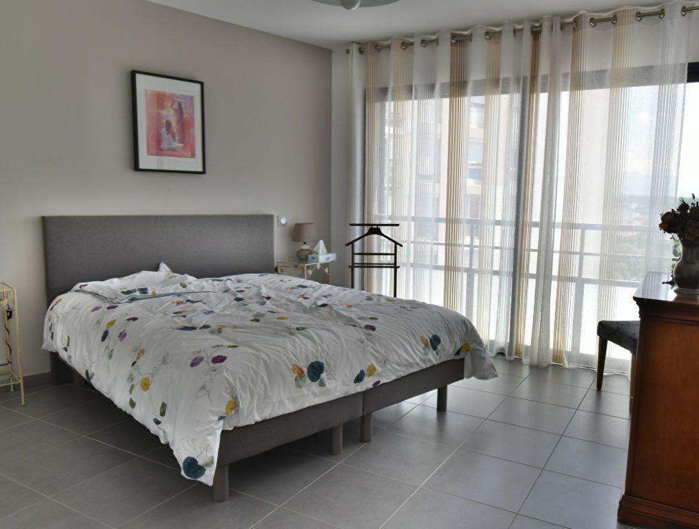 Appartement à vendre 5 127m2 à Romans-sur-Isère vignette-3