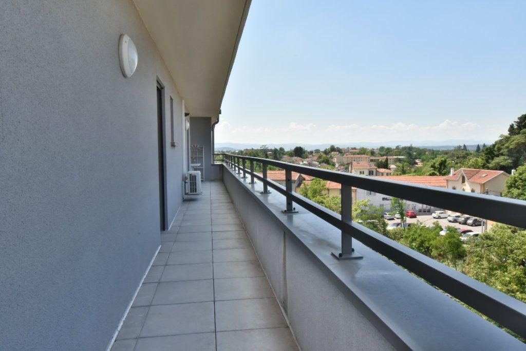 Appartement à vendre 5 127m2 à Romans-sur-Isère vignette-6