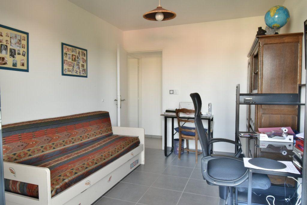 Appartement à vendre 5 127m2 à Romans-sur-Isère vignette-7
