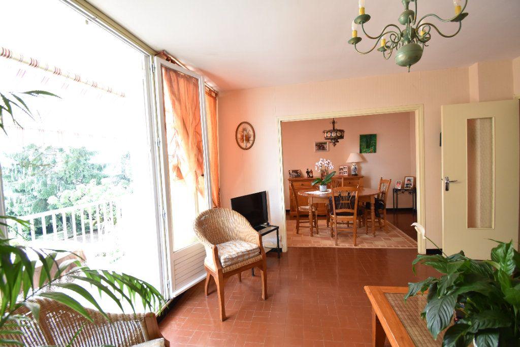 Appartement à vendre 5 75m2 à Romans-sur-Isère vignette-2
