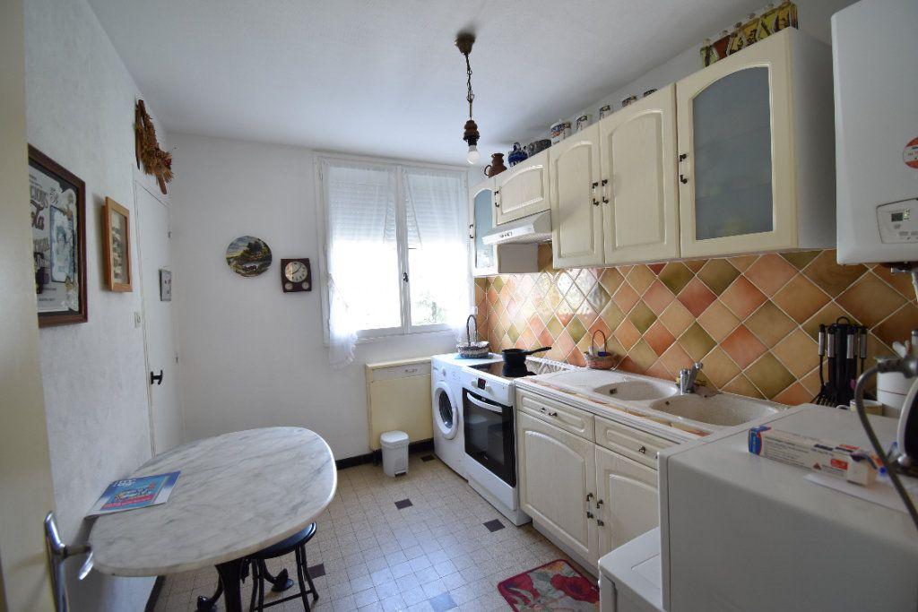 Appartement à vendre 5 75m2 à Romans-sur-Isère vignette-3