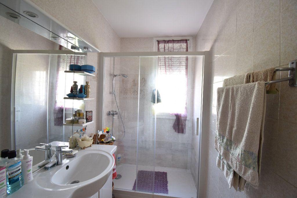 Appartement à vendre 5 75m2 à Romans-sur-Isère vignette-4