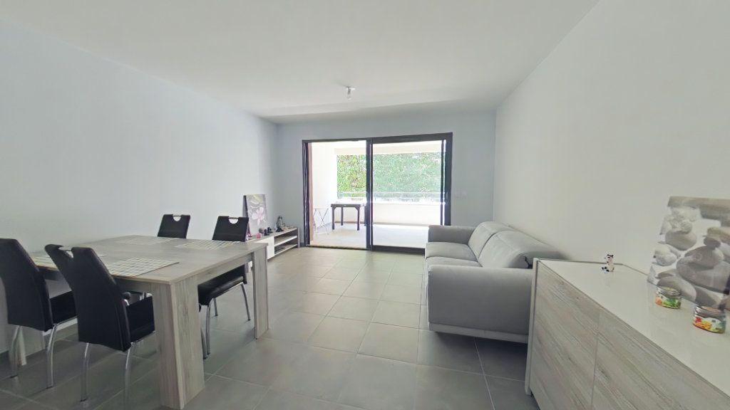 Appartement à vendre 2 52.1m2 à Romans-sur-Isère vignette-2