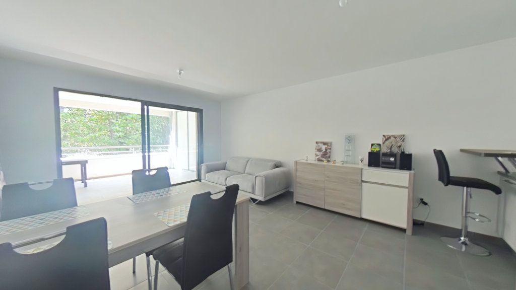 Appartement à vendre 2 52.1m2 à Romans-sur-Isère vignette-4