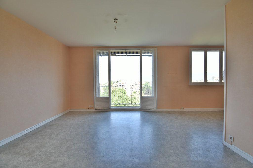 Appartement à vendre 4 71m2 à Romans-sur-Isère vignette-9