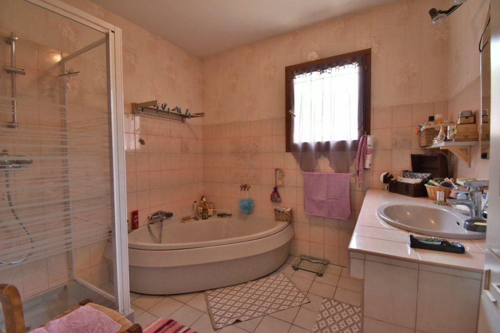 Maison à vendre 5 106m2 à Romans-sur-Isère vignette-9