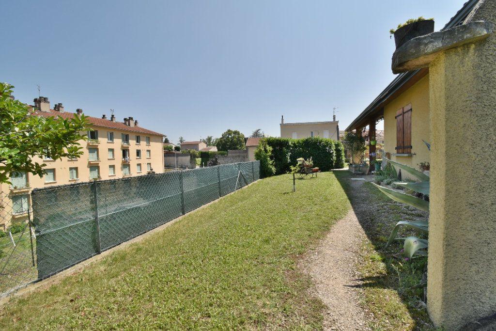 Maison à vendre 5 106m2 à Romans-sur-Isère vignette-15