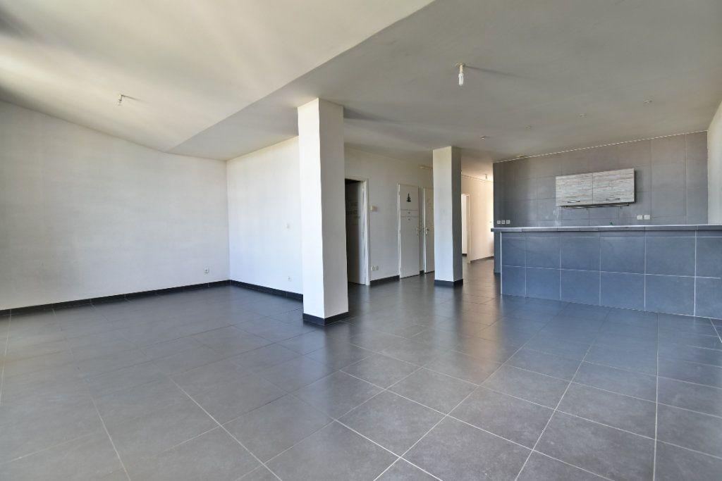 Appartement à vendre 3 86.72m2 à Bourg-de-Péage vignette-1