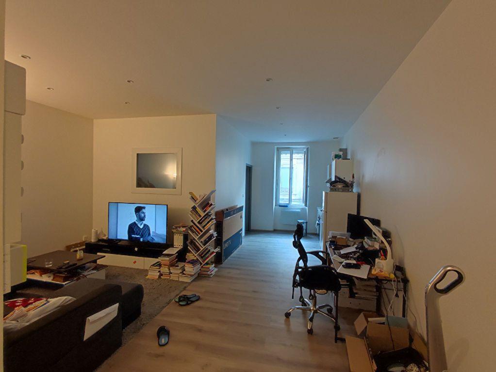 Appartement à vendre 2 46m2 à Romans-sur-Isère vignette-4