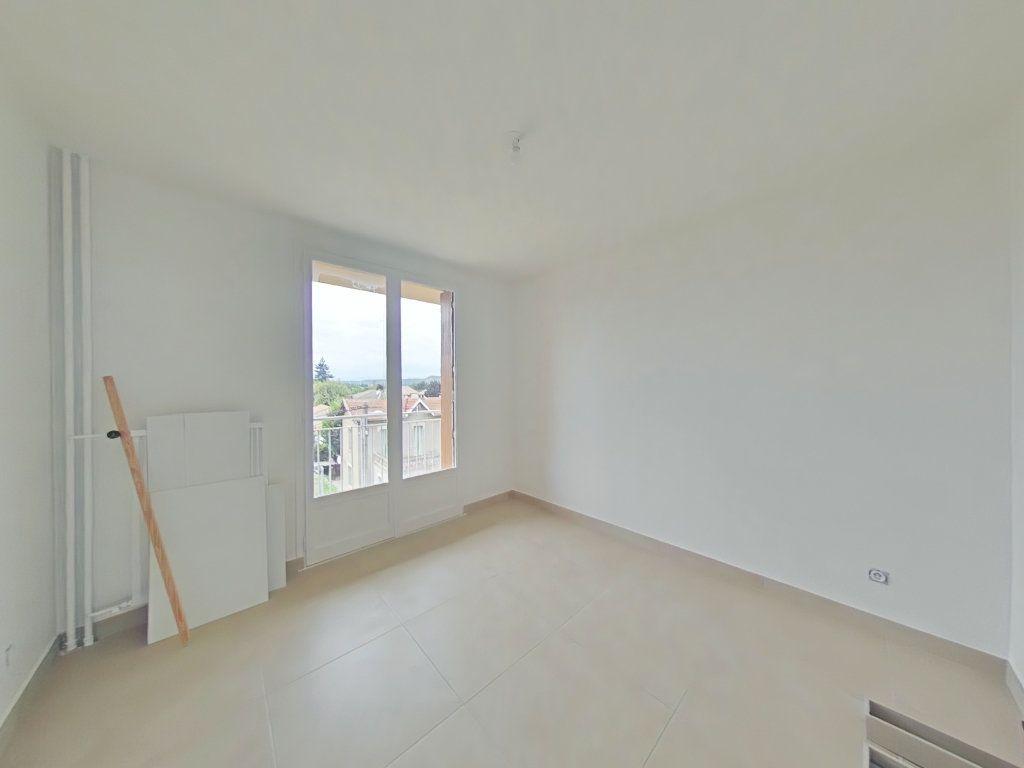 Appartement à louer 3 61m2 à Romans-sur-Isère vignette-5