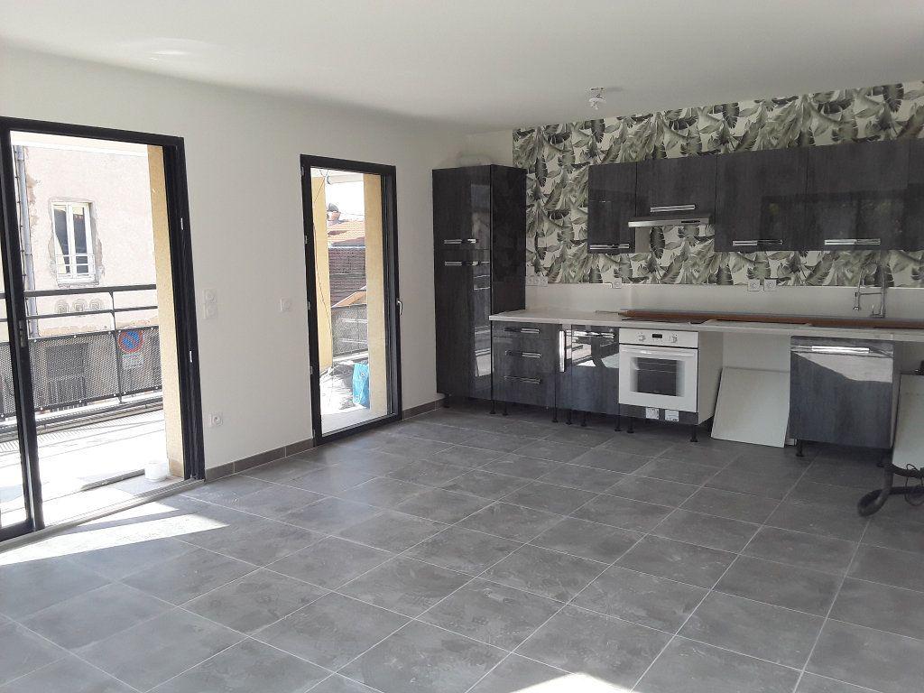 Appartement à louer 2 53.9m2 à Romans-sur-Isère vignette-1