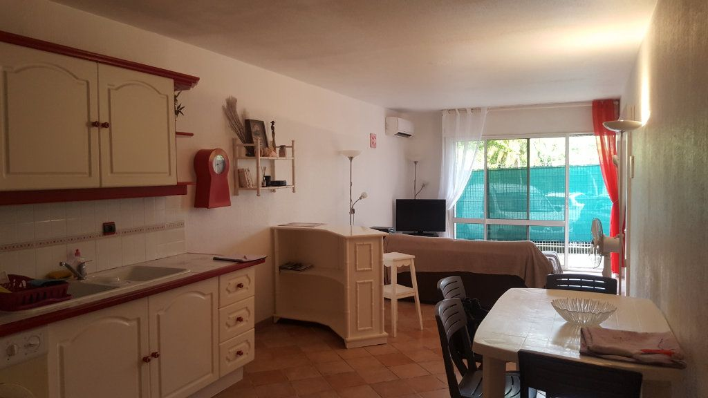 Appartement à vendre 2 56.68m2 à Le Gosier vignette-5