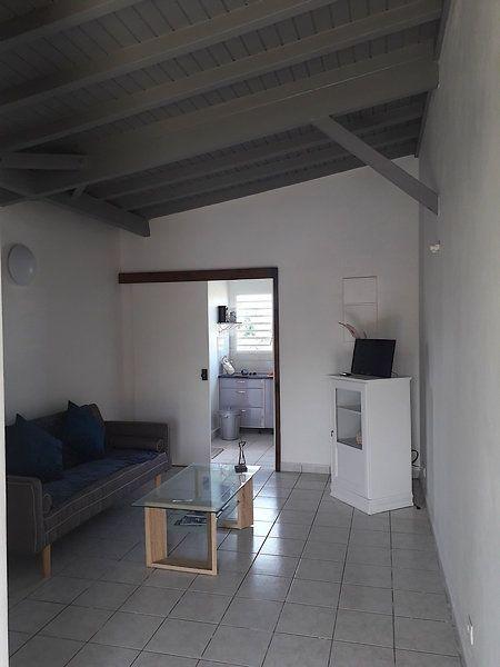 Appartement à louer 2 55m2 à Sainte-Rose vignette-9
