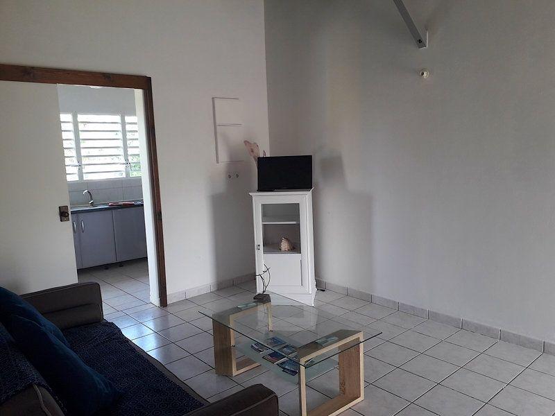 Appartement à louer 2 55m2 à Sainte-Rose vignette-10