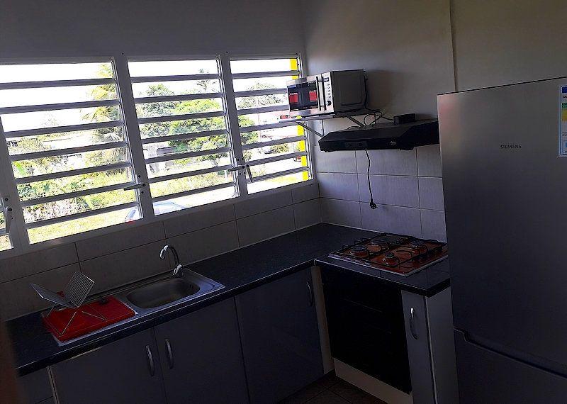 Appartement à louer 2 55m2 à Sainte-Rose vignette-12