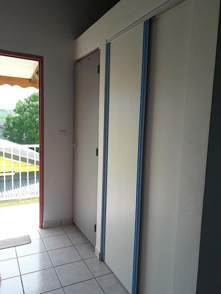 Appartement à louer 2 55m2 à Sainte-Rose vignette-15