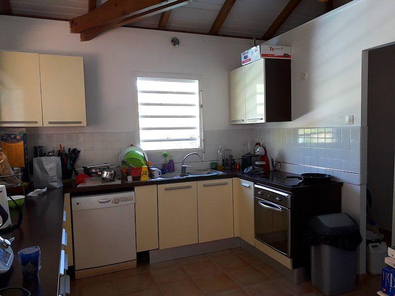 Maison à louer 4 100m2 à Goyave vignette-3