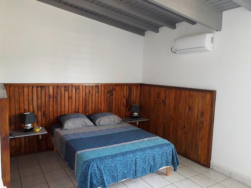 Appartement à louer 2 55m2 à Sainte-Rose vignette-3