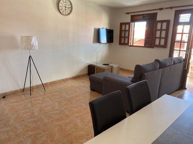 Appartement à louer 2 50m2 à Saint-François vignette-3