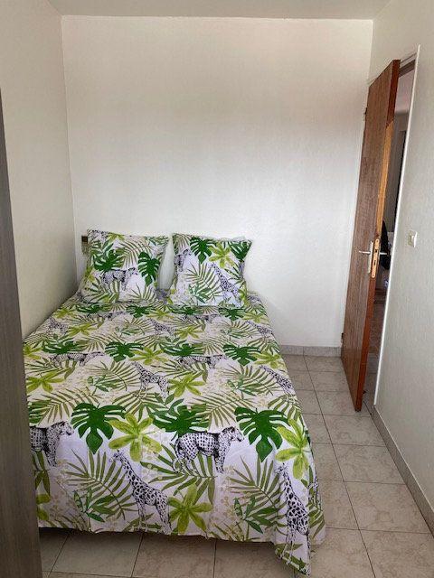 Appartement à louer 2 50m2 à Saint-François vignette-8