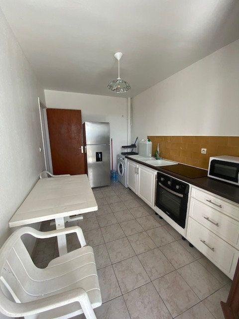 Appartement à louer 2 50m2 à Saint-François vignette-9