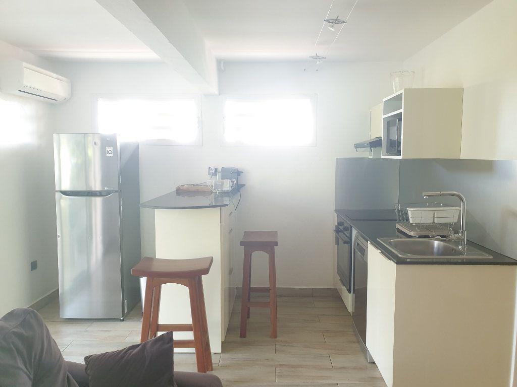 Appartement à louer 2 43m2 à Le Gosier vignette-6