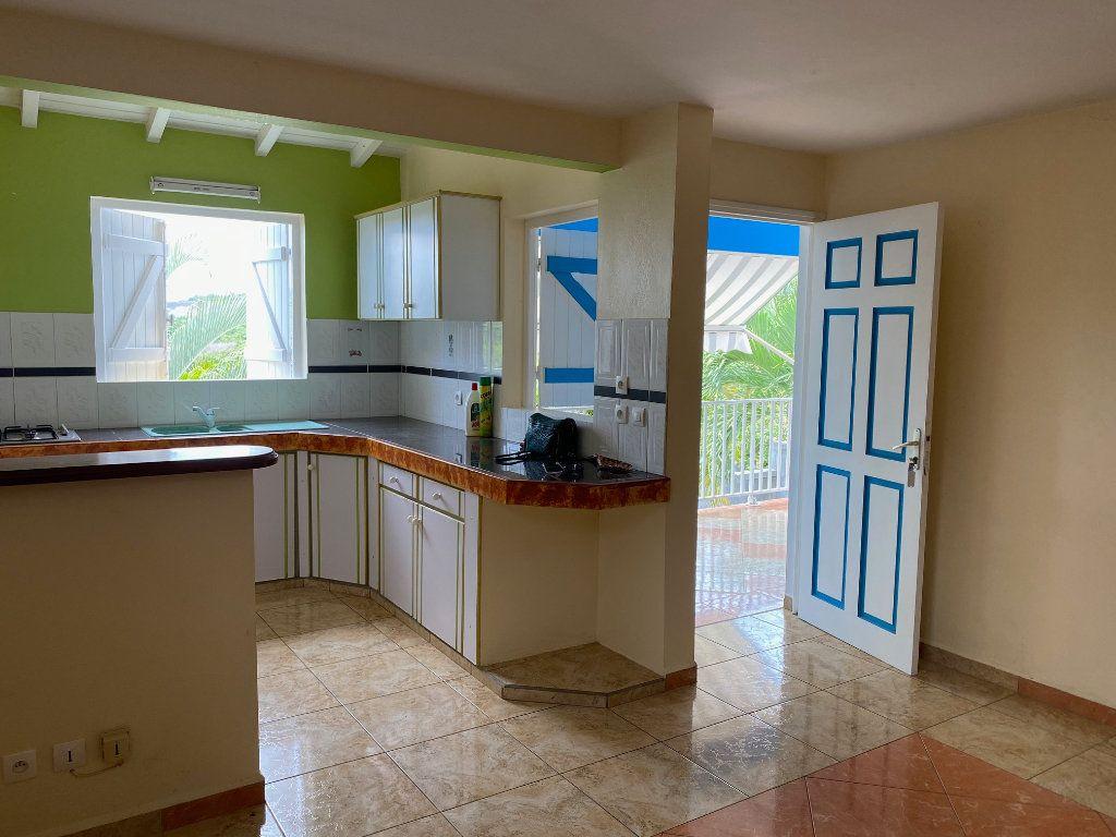 Maison à louer 4 71m2 à Sainte-Anne vignette-3