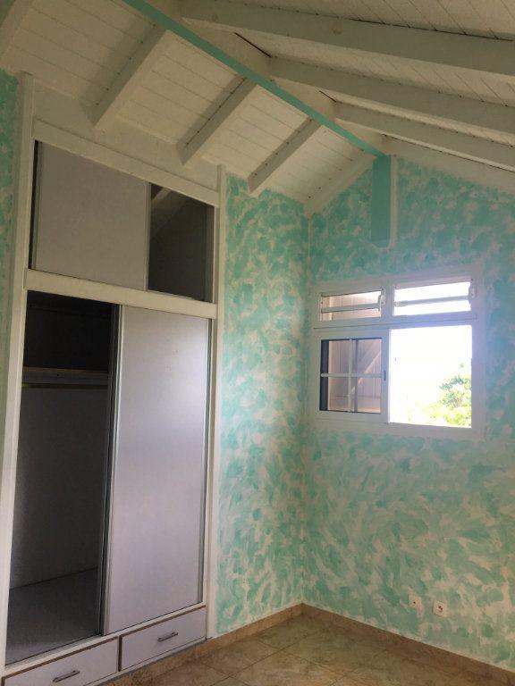 Maison à louer 4 71m2 à Sainte-Anne vignette-8