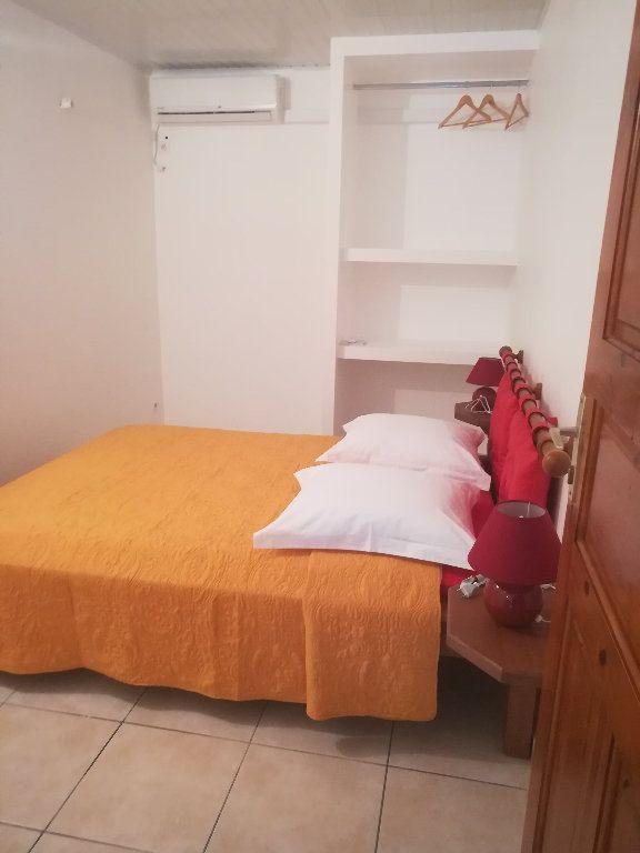 Appartement à louer 3 46m2 à Le Gosier vignette-3