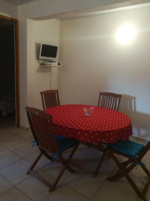 Appartement à louer 3 46m2 à Le Gosier vignette-4