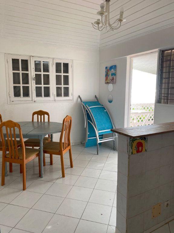 Appartement à louer 3 49m2 à Le Gosier vignette-5