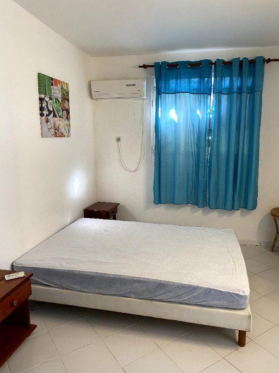 Appartement à louer 2 31m2 à Le Gosier vignette-4