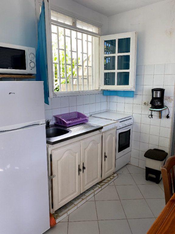 Appartement à louer 2 31m2 à Le Gosier vignette-5