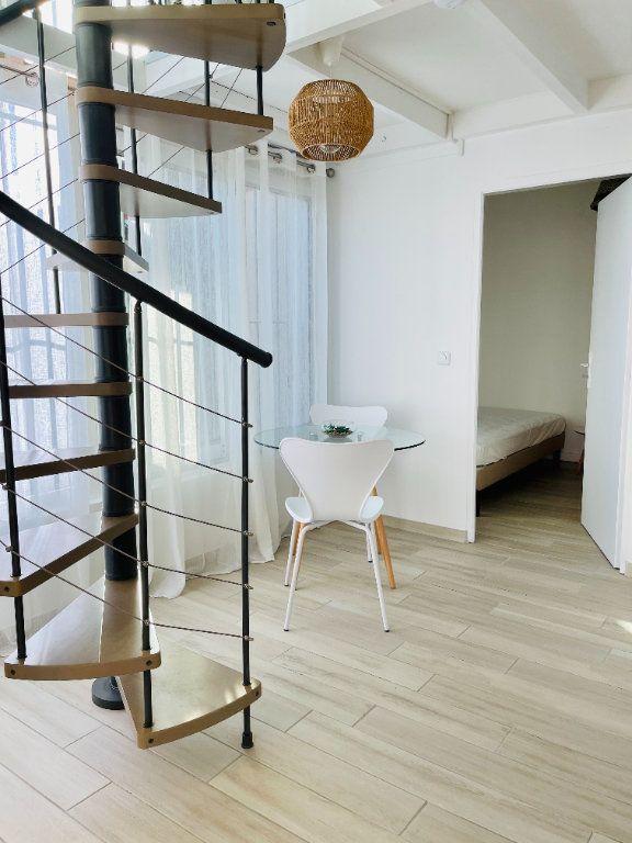 Appartement à louer 2 52m2 à Pointe-à-Pitre vignette-10